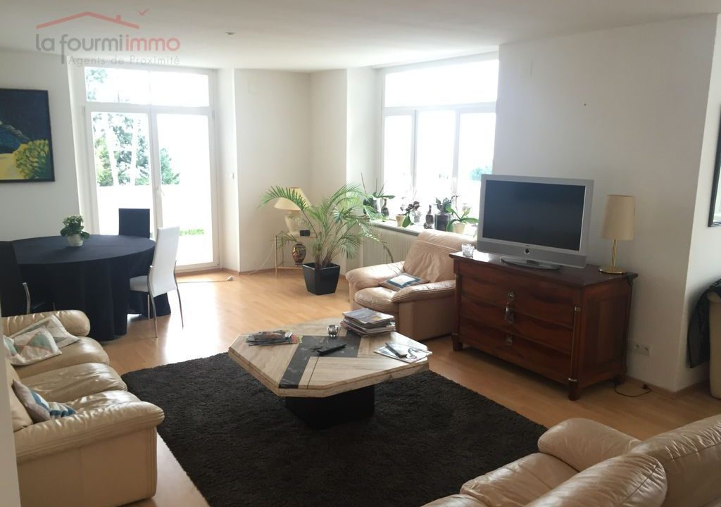 Consultant Immobilier vs Agence immobilière 30f08fa1-479d-4ffd-b293-5ab7cc8022c7-l
